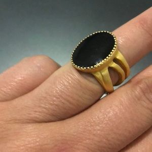 Black enamel ring with gold sz 7.5